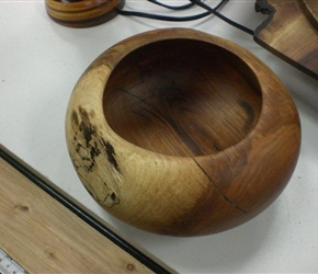 BOWL BY JERRY CZA